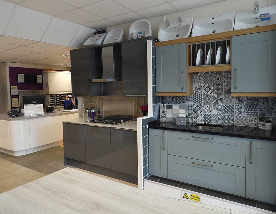 kitchen designers in east grinstead showroom east grinstead bathrooms amp kitchens 133